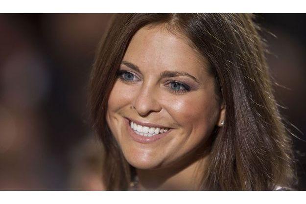La princesse Madeleine de Suède toujours souriante en public