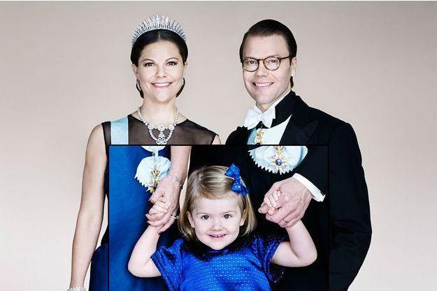 La princesse héritière Victoria de Suède, son époux le prince Daniel et leur fille le princesse Estelle