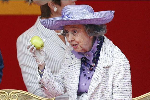Fabiola et sa pomme, le 21 juillet 2009.