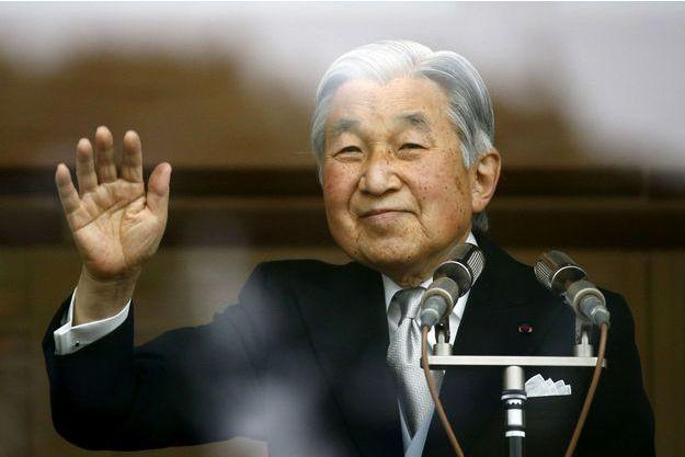 L'empereur Akihito songe à abdiquer