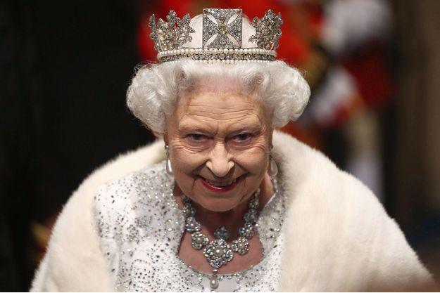 Sa Majesté la reine Elizabeth II, en 2013