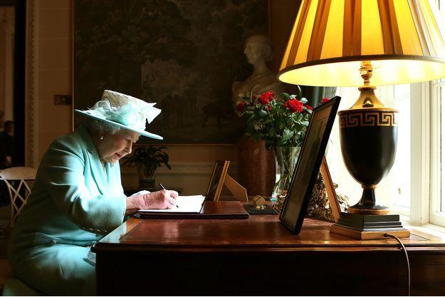 Elizabeth à Belfast, visite hautement diplomatique.