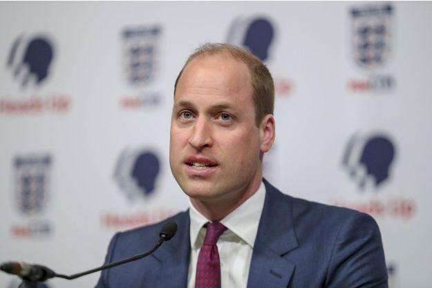 Le prince William assiste au lancement d'une nouvelle campagne sur la santé mentale au stade de Wembley à Londres le 15 mai 2019