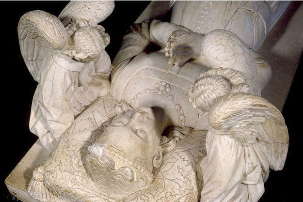 Le gisant d'Agnès Sorel dans la collégiale Saint-Ours de Loches
