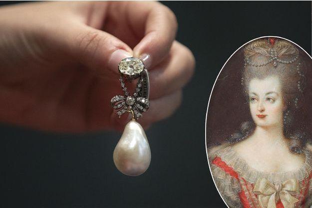 Le pendentif de Marie-Antoinette vendu chez Sotheby's le 14 novembre 2018. En vignette, portrait anonyme de Marie-Antoinette (collection privée)
