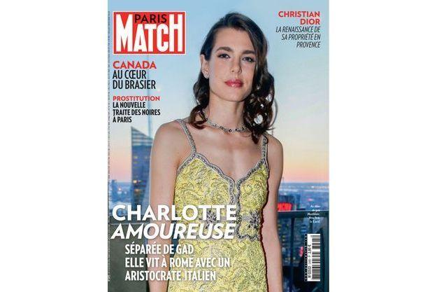 Charlotte en une de Paris Match n°3495