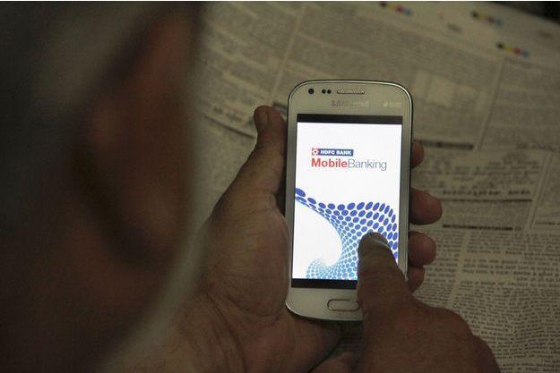 Le smartphone : clé des bouleversements bancaires