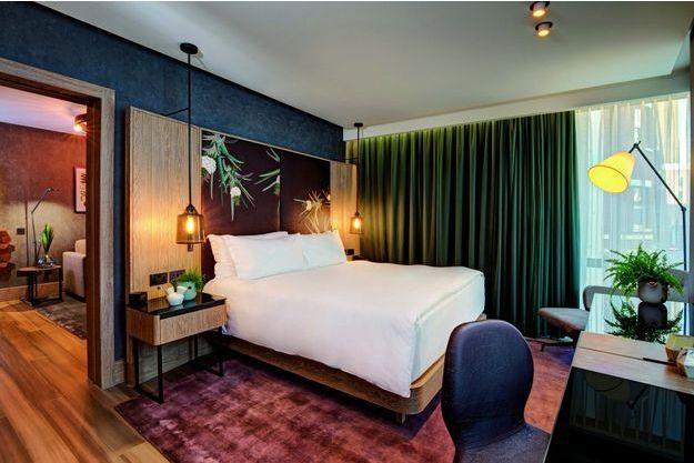 L'hôtel s'est éloigné des matériaux synthétiques pour se concentrer sur des éléments botaniques.