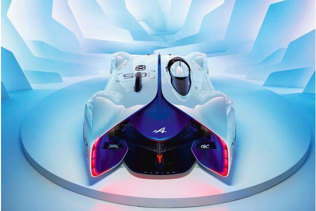 Visible jusqu'au 1er février au Festival automobile international, l'Alpine Vision sera ensuite exposée du 4 au 8 février à la Porte de Versailles, à Paris, dans le cadre du Salon Rétromobile.