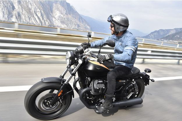La Moto Guzzi V9 Bobber vise Harley Davidson.