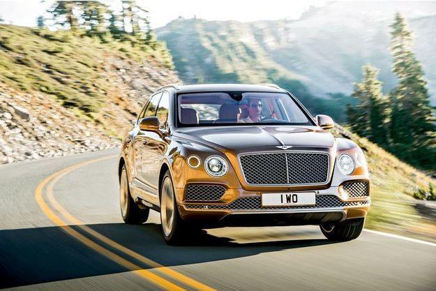 Un propriétaire de Bentley possède sept voitures en moyenne dont un… Range Rover. Pour ce dernier, il y a fort à craindre qu'il soit remplacé désormais par un Bentayga.