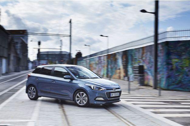 La nouvelle Hyundai i20 sera prochainement disponible avec un trois-cylindres essence de 100 ou 120 chevaux.