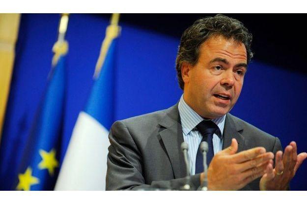 Luc Chatel a annoncé lundi le montant espéré pour la quatrième licence mobile.