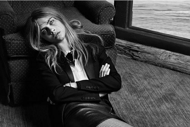 Cara Delevingne, sublime dans la dernière campagne de la maison française.