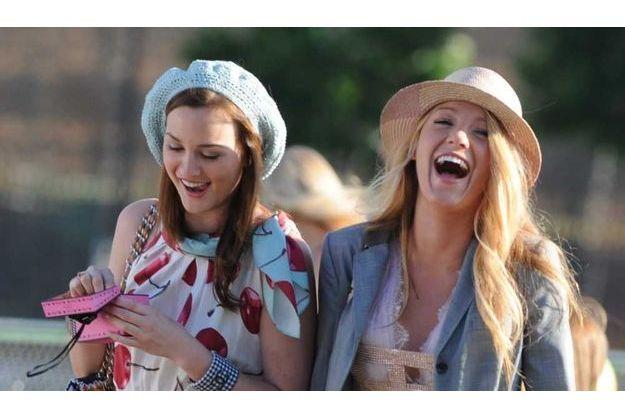 Leighton Meester et Blake Lively sur le tournage de Gossip Girl.