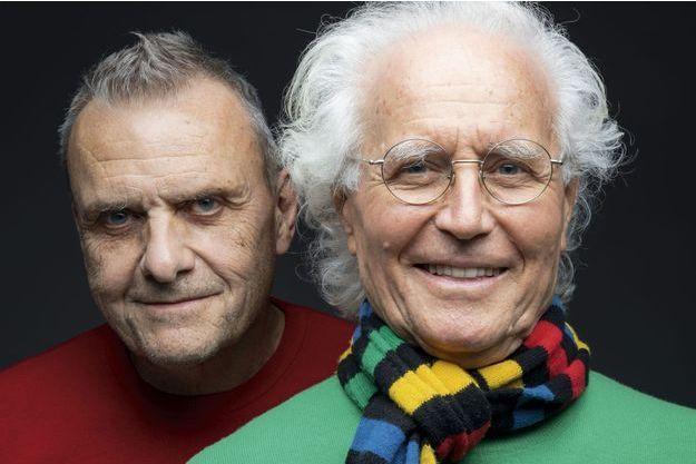 """Jean-Charles de Casatelbajac et Luciano Benetton. Depuis l'automne 2018, le """"petit jeune"""" de 69 ans est le nouveau directeur artistique de la marque italienne United Colors of Benetton."""