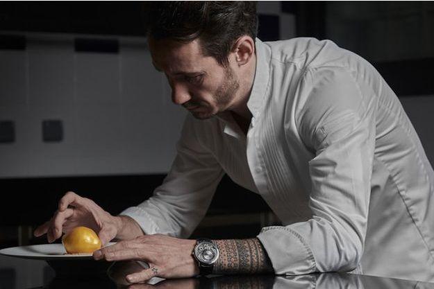 Cédric Grolet, le chef pâtissier connu du monde entier, est le nouvel ambassadeur international de la Maison Piaget.