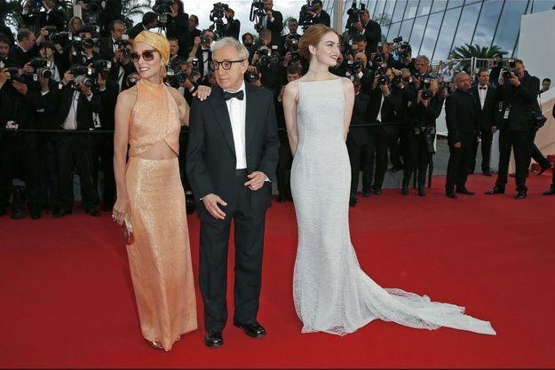 Woody Allen aux côtés d'Emma Stone et Parker Posey