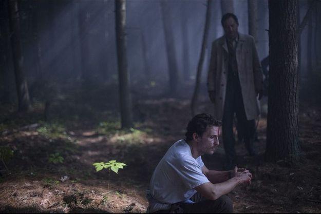 """Matthew McConaughey et Ken Watanabe dans """"La Forêt des songes""""."""