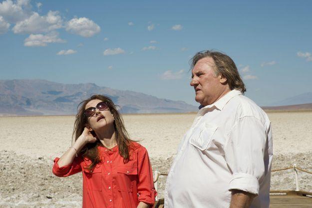 """Isabelle Huppert et Gérard Depardieu dans """"Valley of Love""""."""