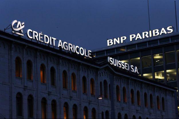 """Les locaux de Crédit Agricole et BNP Paribas en Suisse. Les banques françaises sont au coeur du réquisitoire du """"Livre noir des banques""""."""