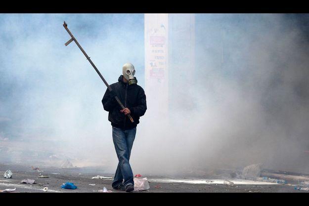 Le vote au Parlement grec d'une nouvelle loi d'austérité a déclenché les 19 et 20 octobre à Athènes des manifestations émaillées de violents incidents qui ont fait un mort et des dizaines de blessés.