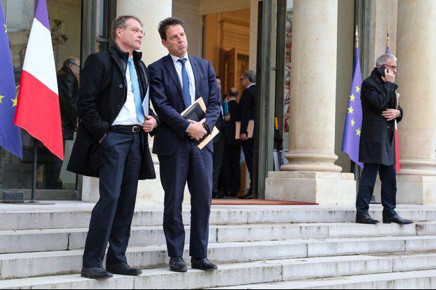 François Asselin, de la CPME, et Geoffroy Roux de Bézieux, du Medef, le 10 décembre à l'Elysée.