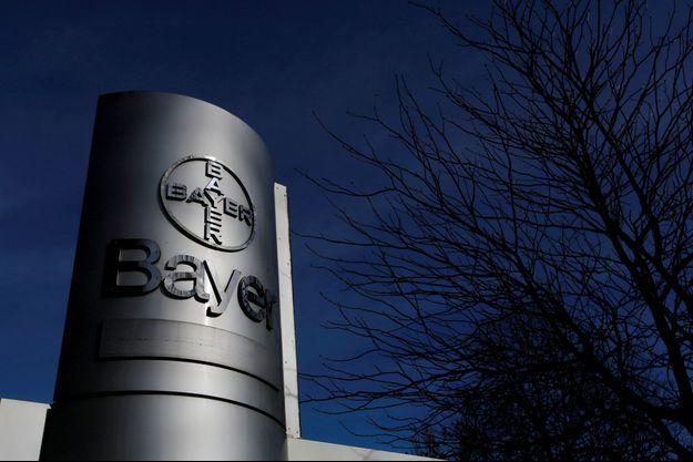 Devant une usine Bayer de Wuppertal, en Allemagne, en 2014 (photo d'illustration).