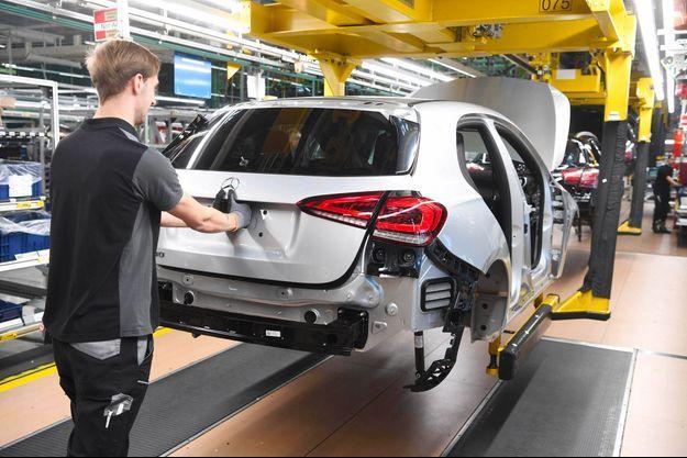 Dans une usine Mercedes-Benz à Rastatt en Allemagne, en février.