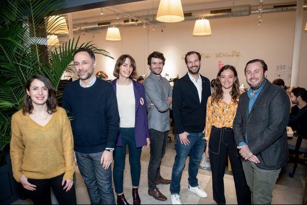 De g. à dr. : Julie Chapon (Yuka), Edouard Morhange (Epicery), Noélie Balez (Pampa), Arthur Reboul (Leeto), Nicolas Morschl (Bonsoirs), Angélique d'Esclaibes (Epycure) et Marc Ménasé, fondateur de Founders Future