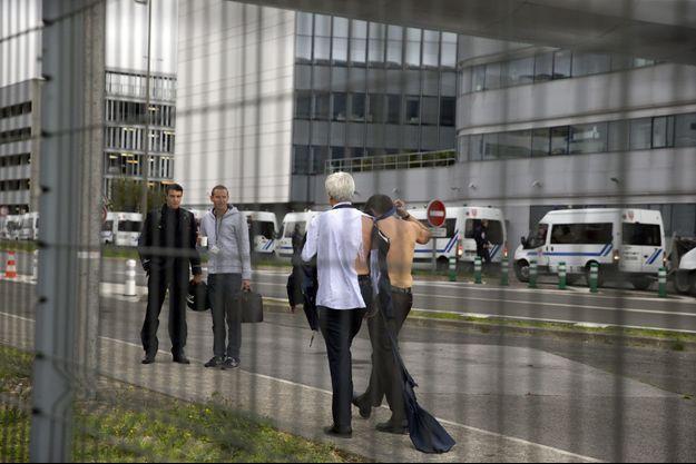 Le 5 octobre 2015, à Roissy, après que des salariés ont envahi les locaux d'Air France.
