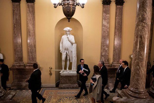 Steven Mnuchin au Capitole, le 24 mars 2020.