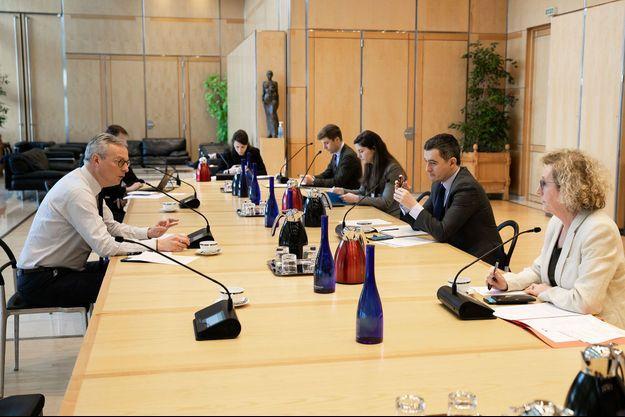 Réunion à Bercy, lundi, avec Bruno Le Maire, ministre de l'Economie, Muriel Pénicaud, ministre du Travail, et Gérald Darmanin, ministre de l'Action et des Comptes publics.