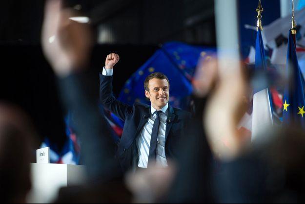 Emmanuel Macron lors de son meeting à Marseille, le 1er avril.