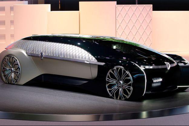 Le concept-car Renault EZ-Ultimo, électrique, autonome et luxueux, mardi au Mondial de l'automobile.