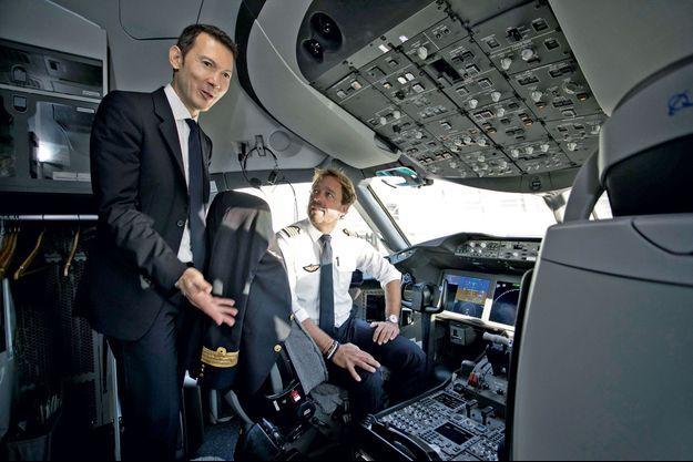 Ben Smith dans le cockpit d'un 787 d'Air France en partance pour Abidjan, avec Olivier Beghin, le commandant de bord.