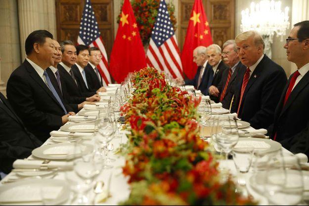 Donald Trump face à Xi Jinping , samedi au G20.