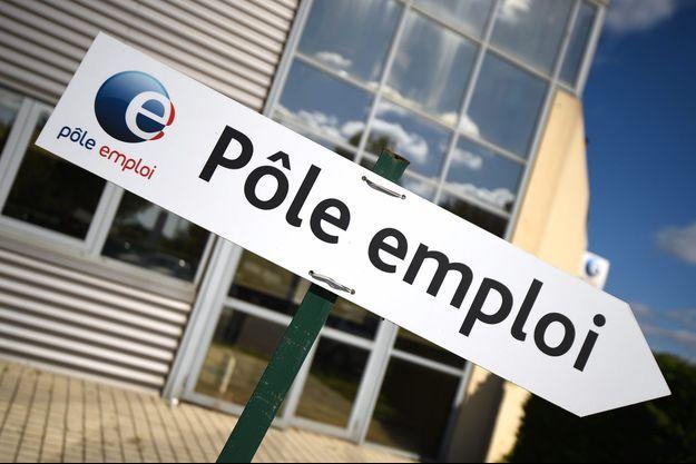 Près d'une agence Pôle Emploi à Montpellier.