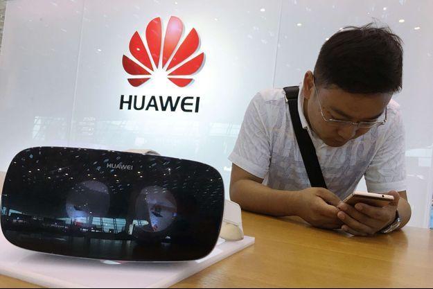Le constructeur chinois Huawei menace la deuxième place d'Apple au classement des ventes mondiales.
