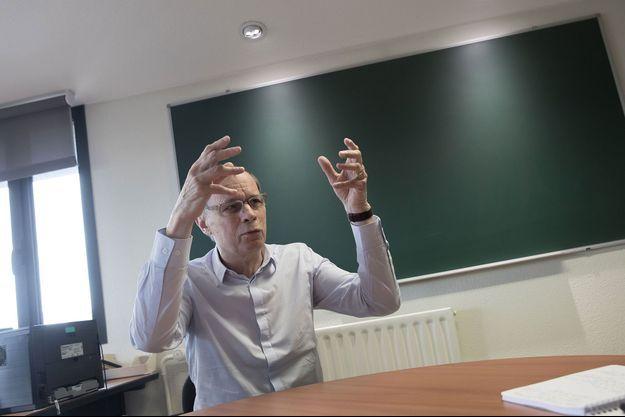 Jean Tirole dans son bureau à Paris, en juin 2018.