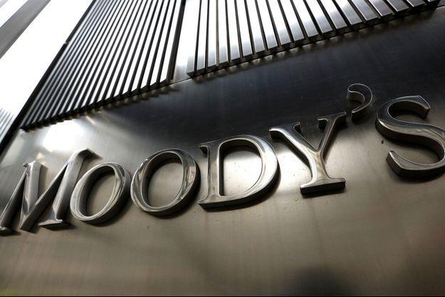L'agence Moody's abaisse la note française