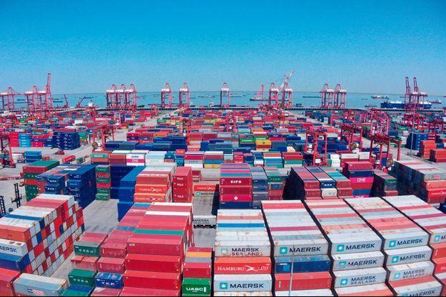 En Chine, le port de Taïcang, dans la province du Jiangsu, le 6 avril.