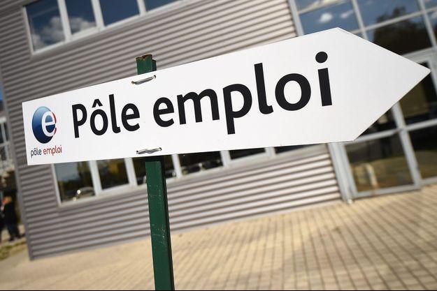 Les chiffres de Pôle emploi ne révèlent une tendance significative qu'à partir de 35 000 chômeurs.