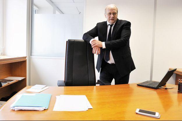 Le patron de Vivarte, Patrick Puy, dans son bureau.