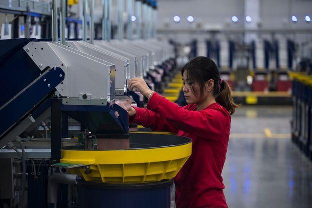 Dans une usine Lego de Jiaxing, en Chine, premier site de production du groupe danois en Asie, en novembre 2016.