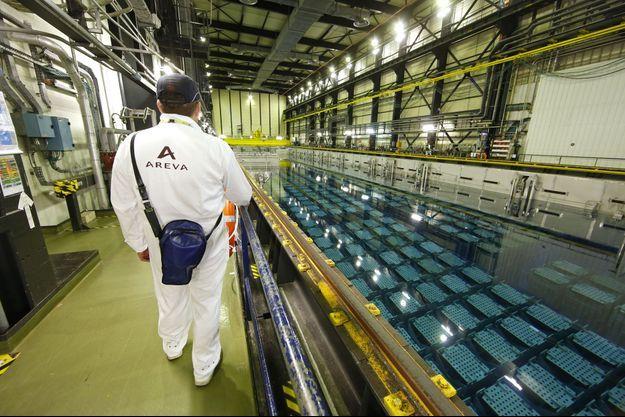 Les piscines de refroidissement du combustible usé de l'usine de retraitement de la Hague, près de Cherbourg. Areva va conserver cette activité de retraitement.