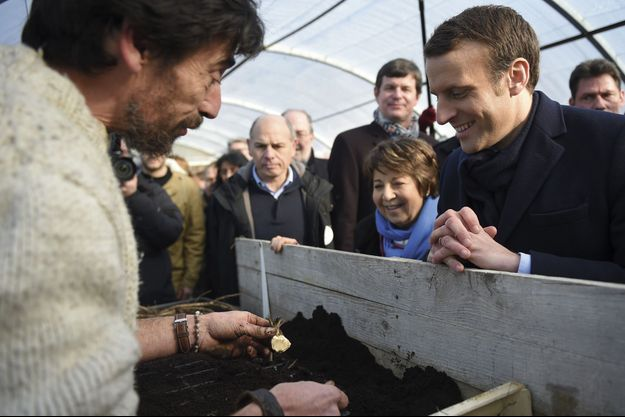 Le 10 février dernier, Emmanuel Macron, alors candidat, à la Ferme d'avenir de Montlouis-sur-Loire (Indre-et-Loire).