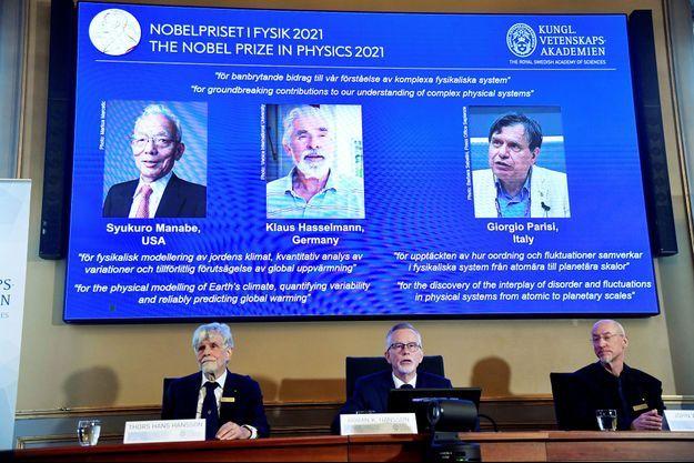 Les experts en météorologie Syukuro Manabe, né au Japon il y a 90 ans mais vivant aux Etats-Unis, et Klaus Hasselmann, 89 ans, ont été primés pour une première moitié du prix.