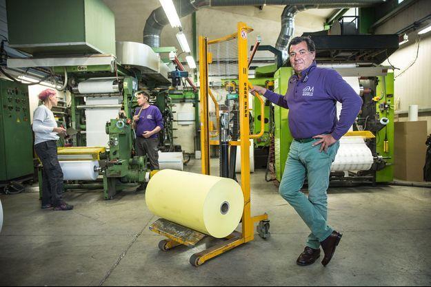 Remi Danglade dans son usine des Papeteries de Montségur, le 28 mai.