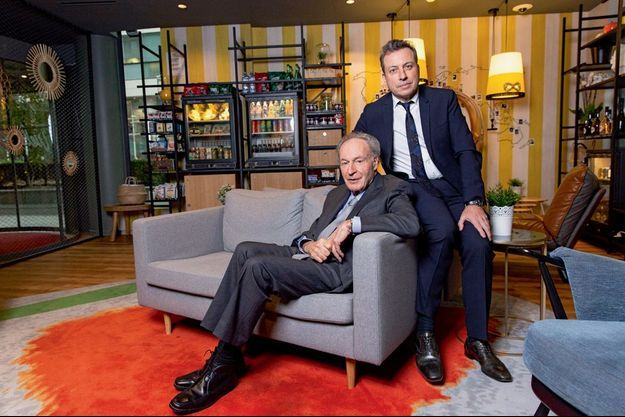 Rendez-vous avec Gerard Brémond , PDG -fondateur de Pierre & Vacances - Center Parcs et son fils Olivier Brémond qui va lui succéder à la tête du groupe.